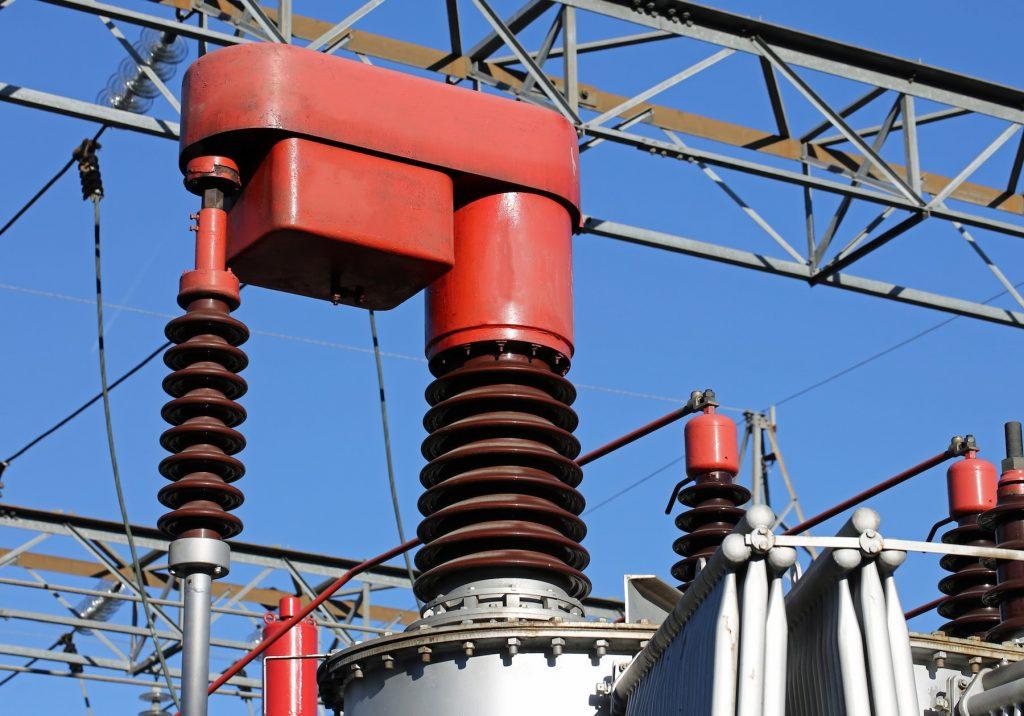 高圧電力のトランス